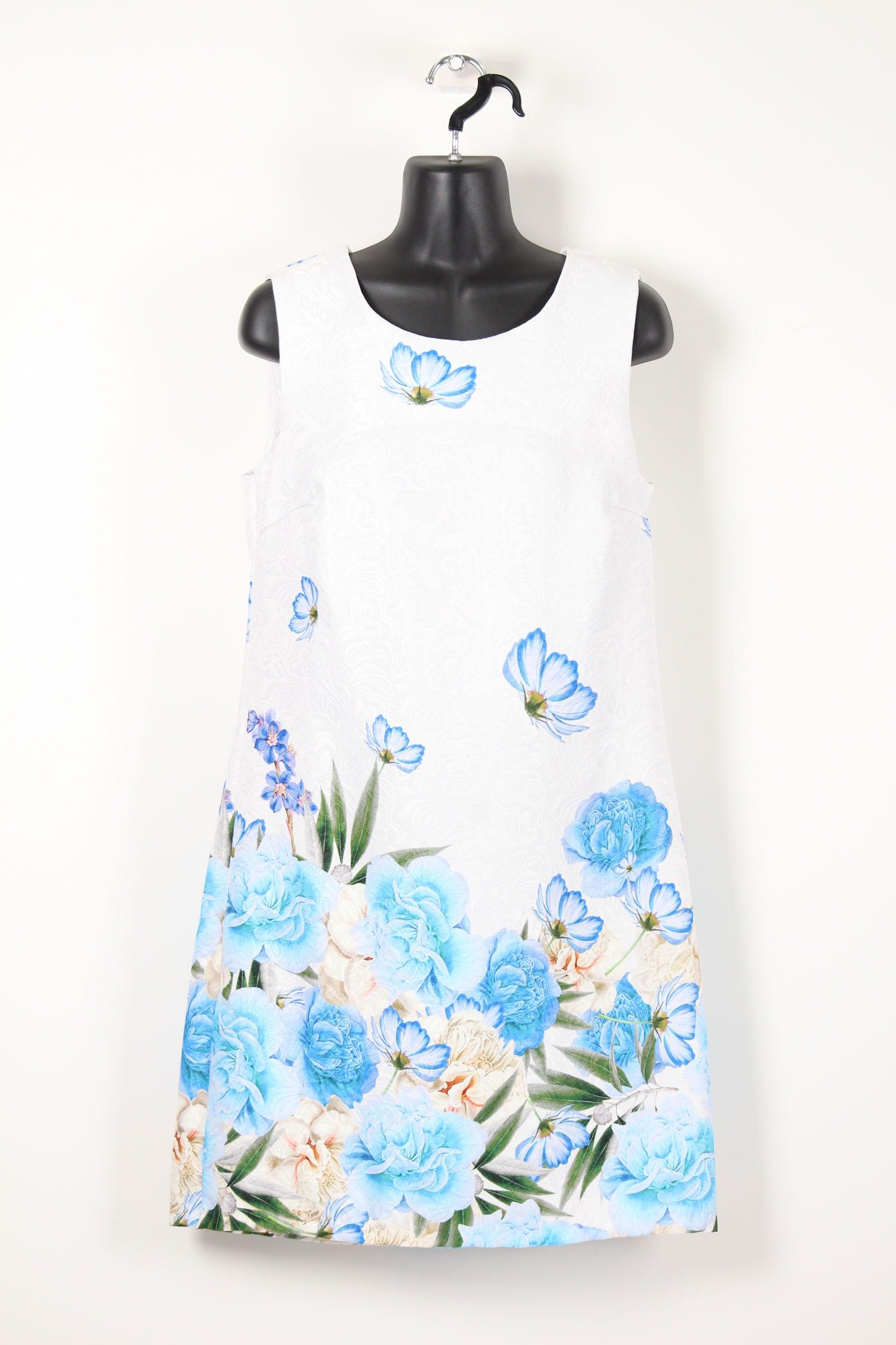 白にブルー裾花柄ワンピース