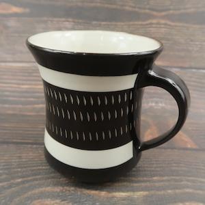 小石原焼 手付きマグカップ 黒 トビ 鶴見窯
