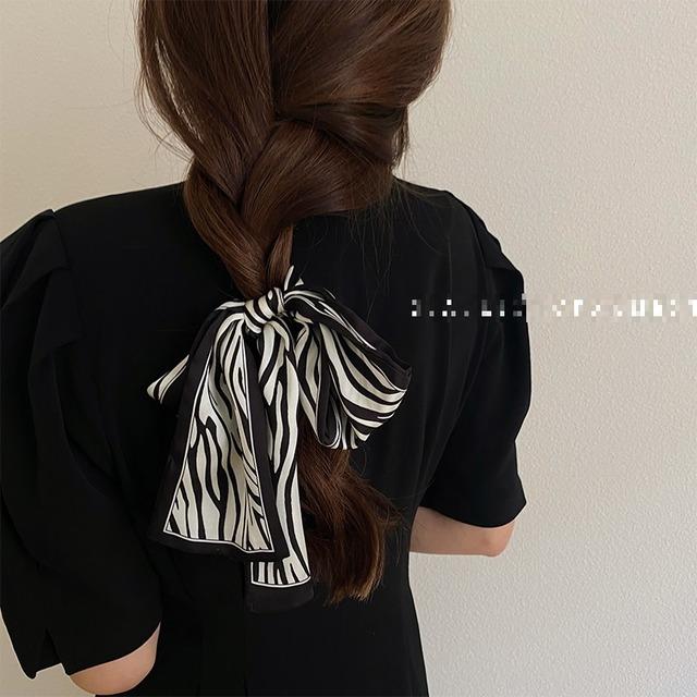 【リボンタイ☆カジュアルアニマル柄 ブラウン 】ヘアバンド 髪飾り スカーフ ホワイト スカーフ ストール ヒョウ柄 おしゃれ  レディース
