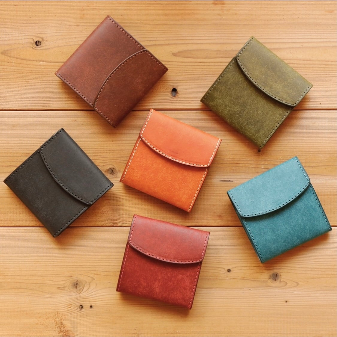 【新作】小さく 薄い財布「POCKET」 / 各色