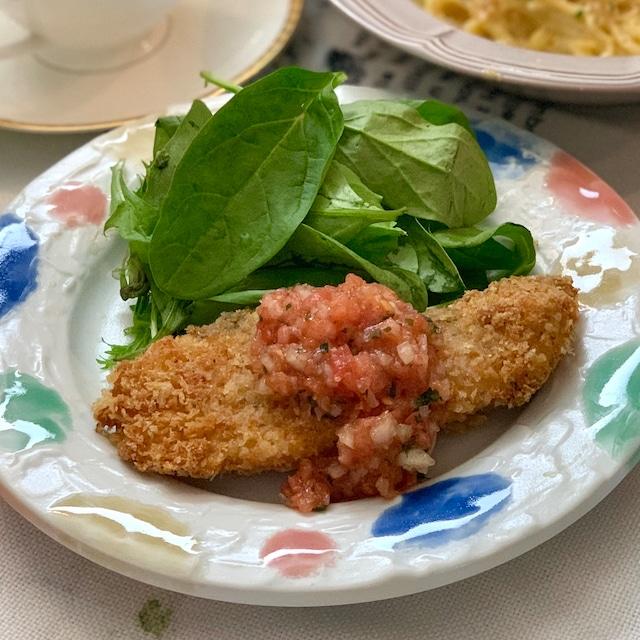 白身魚の香草フライ 自家製サルサソース