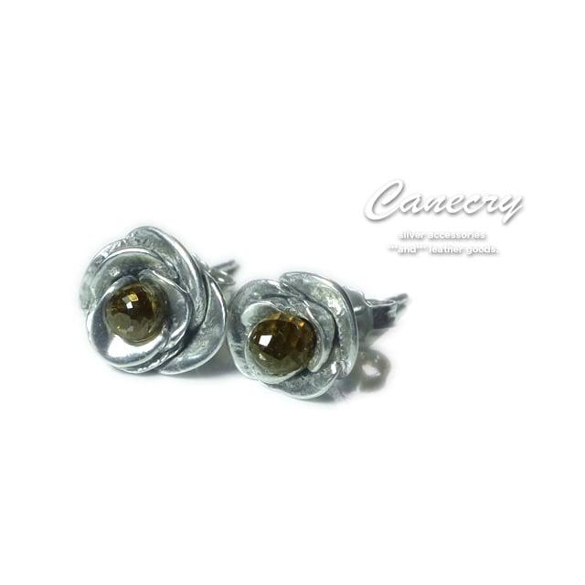 芳醇なブラウンダイヤモンドの香しき薔薇が耳に(ピアス)