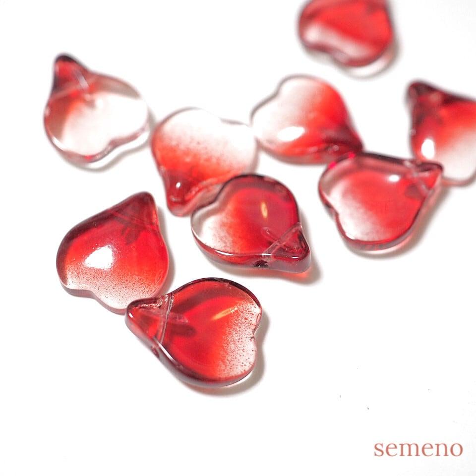 4+1pc ハートの花びらのガラスビーズ チャイナガラス ローズレッド