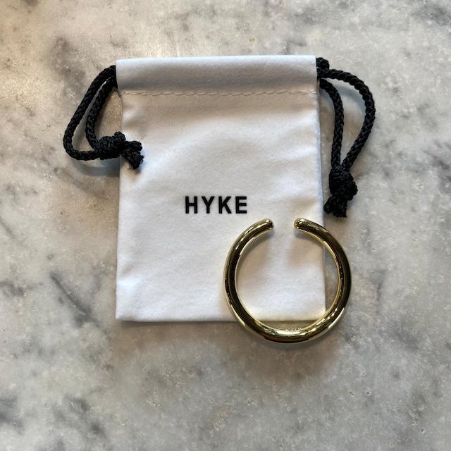 HYKE【ハイク】BIG HOOP EAR CUFF (No.19194 GOLD).