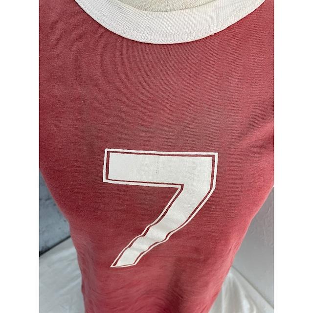 Numbering seven linger tee