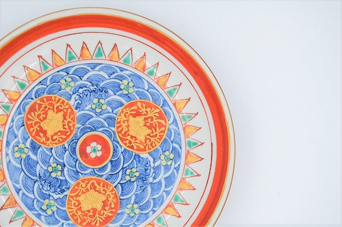 ◆受注生産◆  赤地金蘭手花文六寸皿 加藤雲泉作