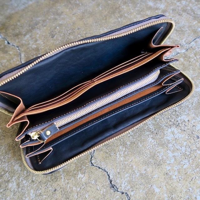 Soft Leather Round Zip Wallet (Black)