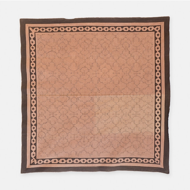 S026 SHIPIBO TEXTILES シピボ族の泥染めの布 グレー 1560×1500mm