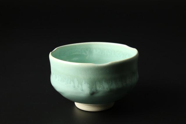 手捻り抹茶碗(ヒワ釉) 清水焼