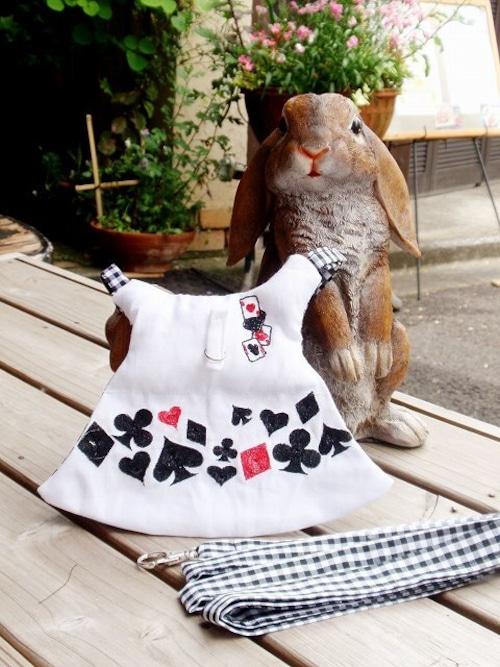 うさぎハーネス リフルシャッフル刺繍トランプリード付 男の子向けSサイズ白