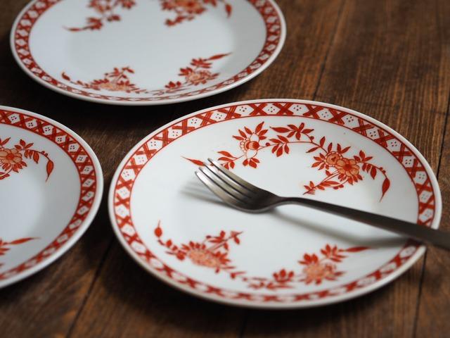 『コーラルの丸皿15センチ/Oriental flower』【ペニンシュラ食器/コーラルクレスト】