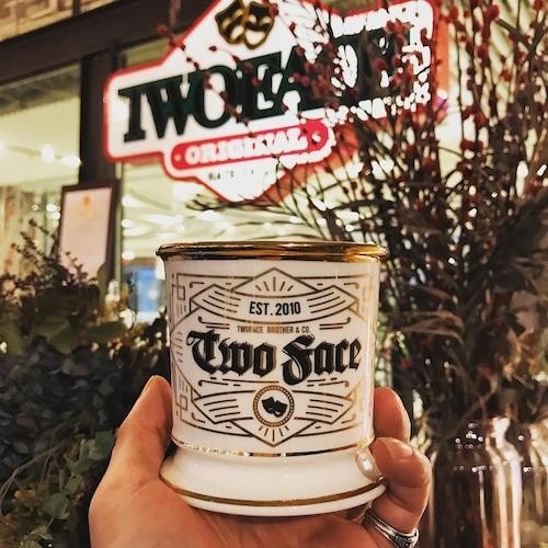 TWOFACE 雙面理髪館 シェービングマグ レタリングシングルカップ ホワイトxゴールド