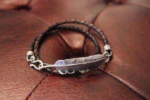 Designers Jewelry buff 千年フェザー(L2)レザー2重巻きブレスレット【アンティークブラック】