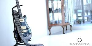 ビーズ刺繍ギターストラップ