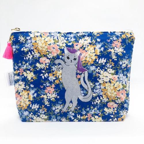 ロシアンブルー(猫又)刺繍ポーチS【リバティ生地】