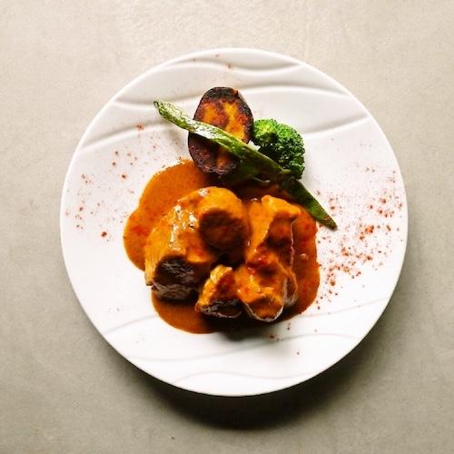 まるみ豚のシチュー エスニックココナッツ風味(フレンチ惣菜 煮込み料理 シチュー)【冷凍便】の商品画像2