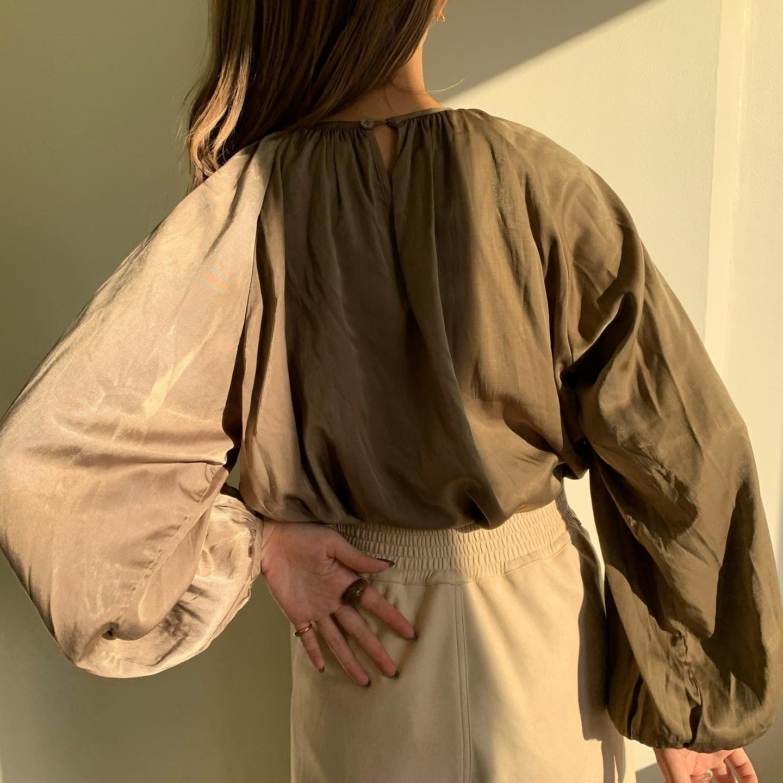 satin gather blouse