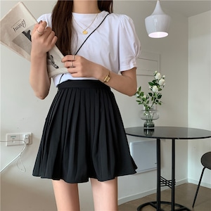 Flare mini skirt(black、white)