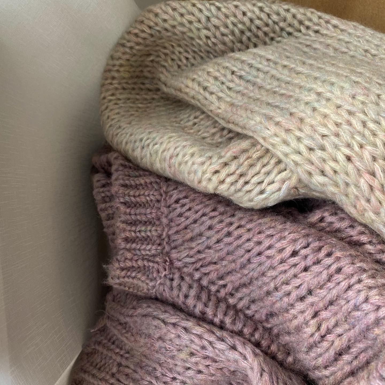 drop shoulder wide knit