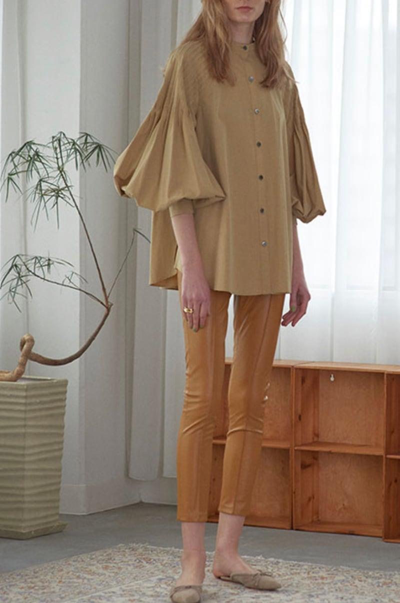 ETRE TOKYO デザインタックボリュームシャツ