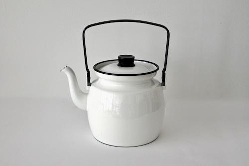 vintage ARABIA (FINEL) ONNIMANNI enamel coffee pot / ヴィンテージ アラビア (フィネル) オンニマンニ ホーロー コーヒーポット