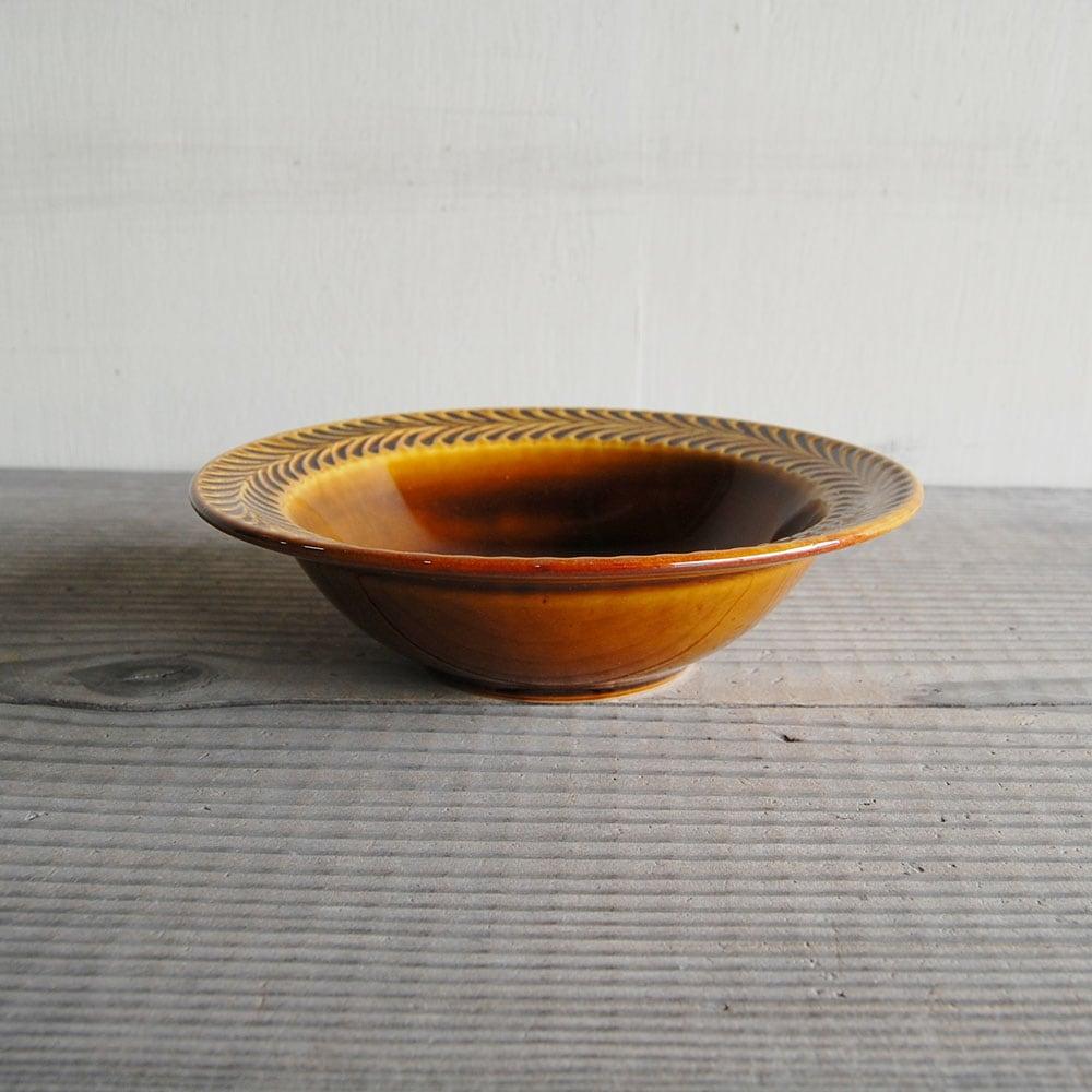 感器工房 波佐見焼 翔芳窯 ローズマリー リムボウル 皿 約18cm ブラウン 332808