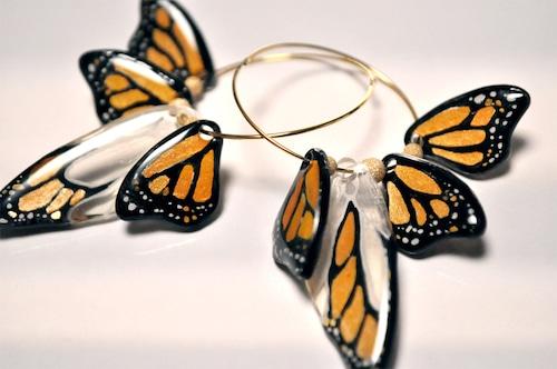 だいだいオレンジ色の蝶xゴールドフィルドビーズ