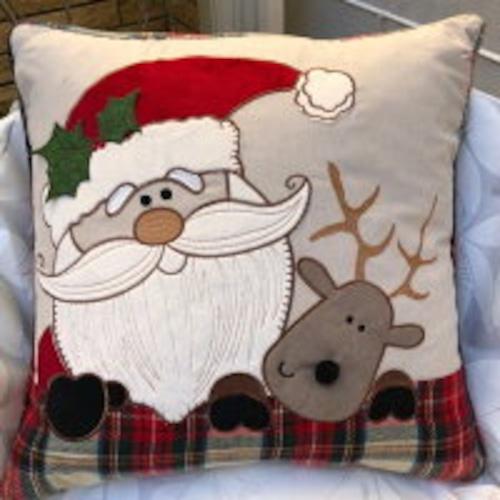 ⭐クリスマスにチェック柄が素敵 クッション クリスマス サンタ トナカイ タータンチェック プレゼント おしゃれ 贈物