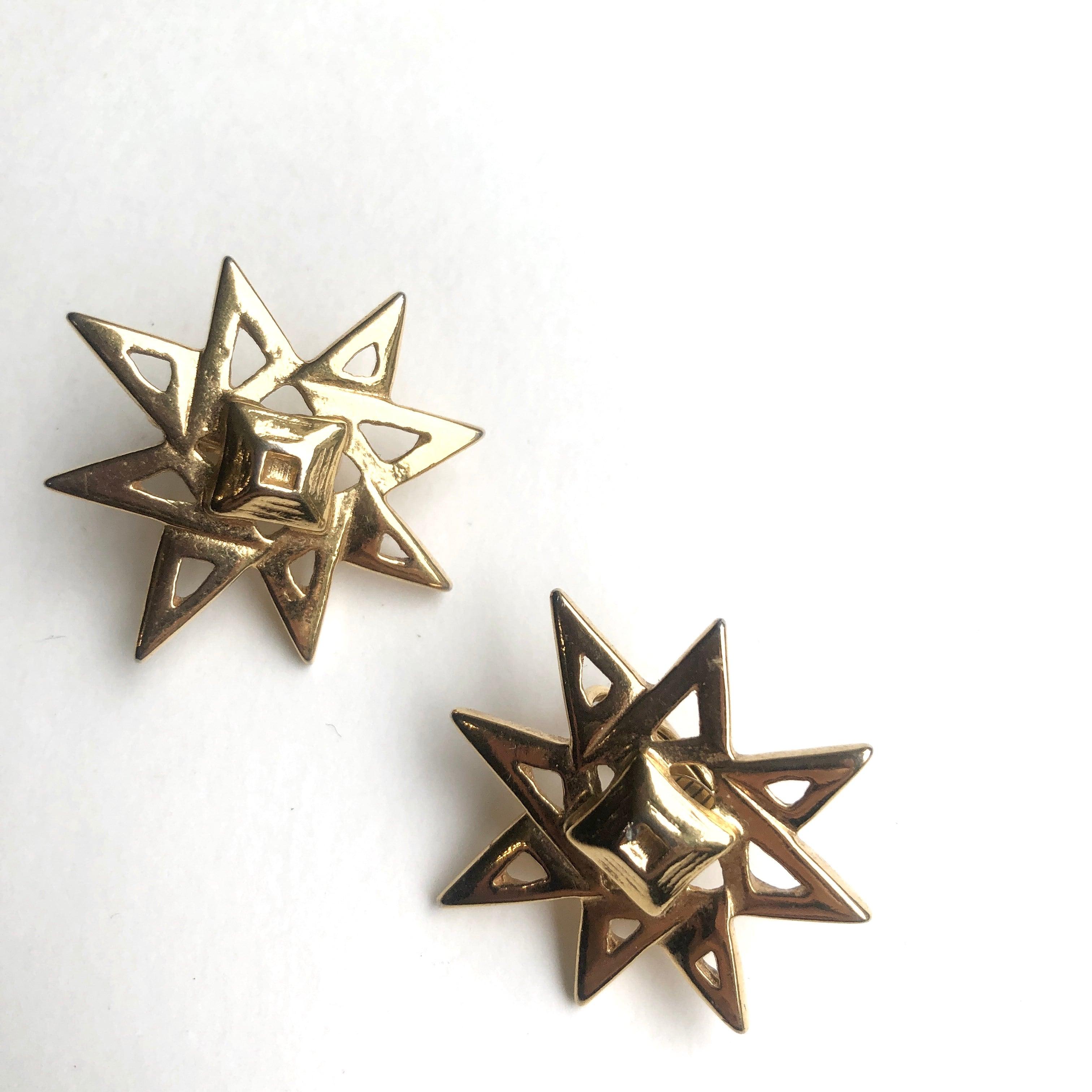 Vintage earrings B-067x