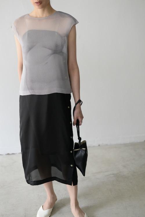 YOHEI OHNO / cropped body pleats top (white)