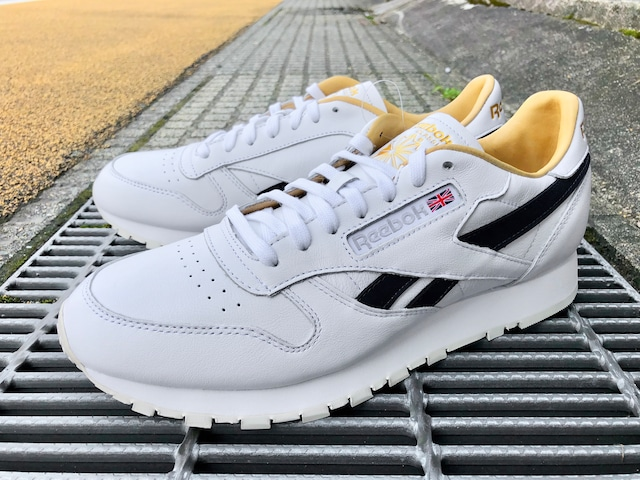 REEBOK CLASSIC LEATHER MU (WHITE/PRPDEL/PAPWHT)