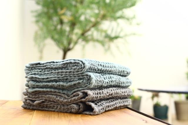 Organic waffle towel-medium