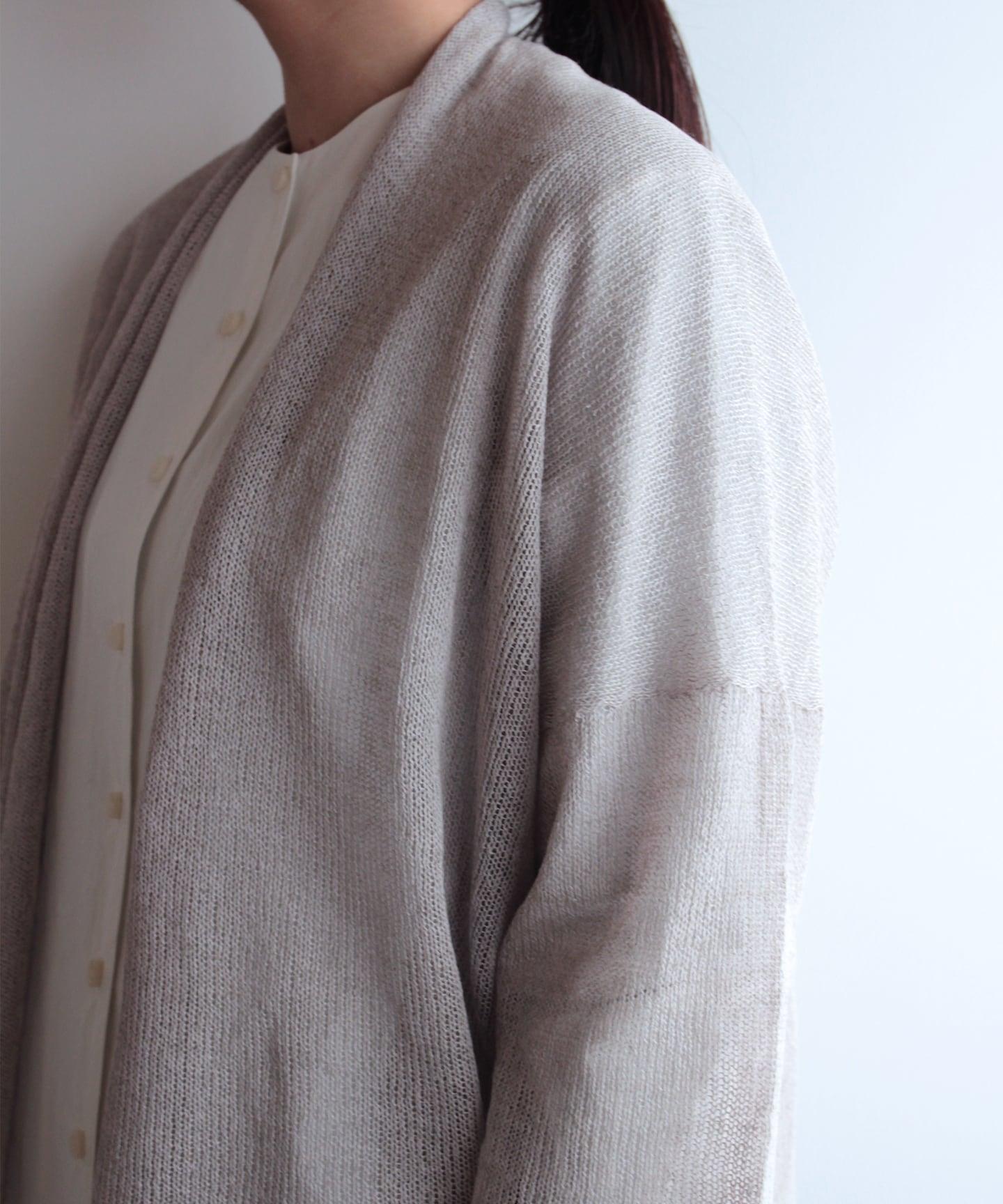 【編み物キット】編み機で作るシルクリネンカーディガン(糸:No.17)