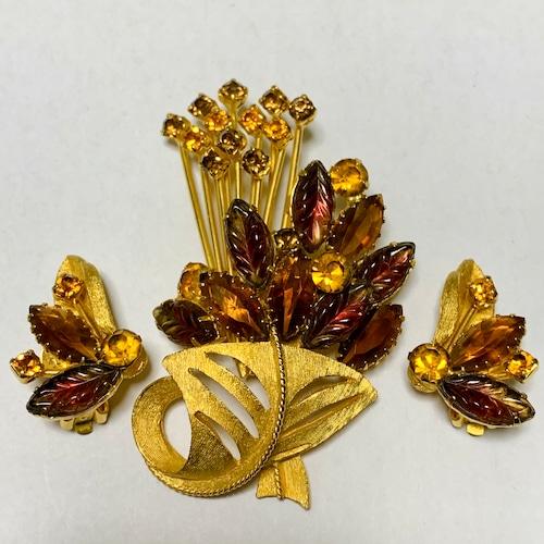 Vintage Leaf Shaped Bijoux Earrings & Brooch
