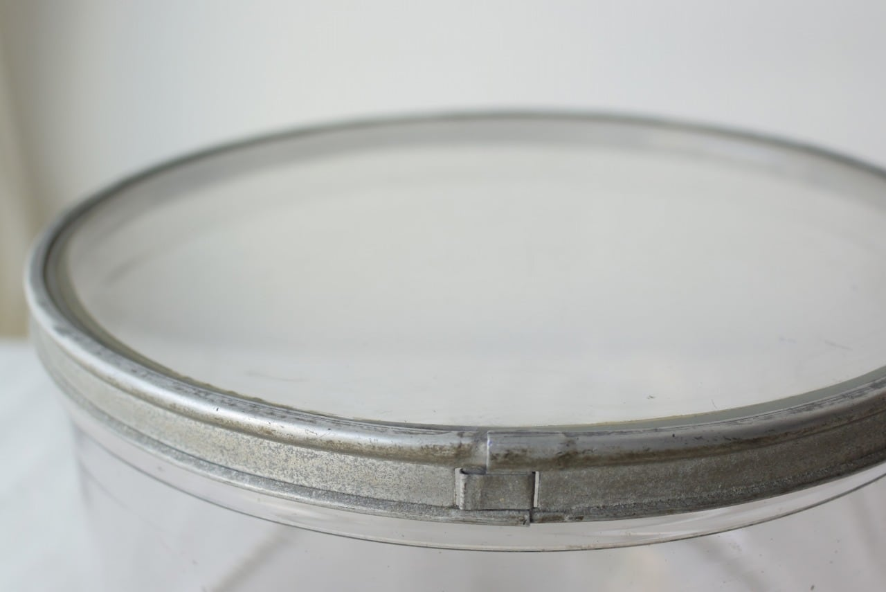 アルミフレームのガラス蓋容器