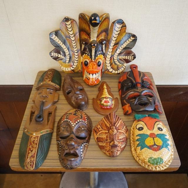 外国製の仮面セット