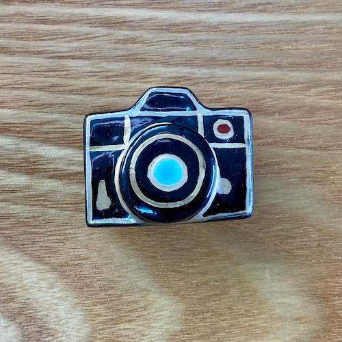 カメラ(帯留・ブローチ)