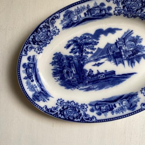 風景画の小振りなオーバル皿