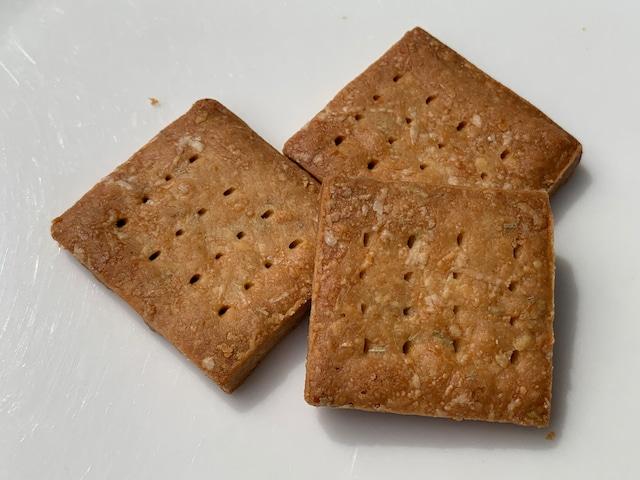 おからのチーズクッキー ペッパー