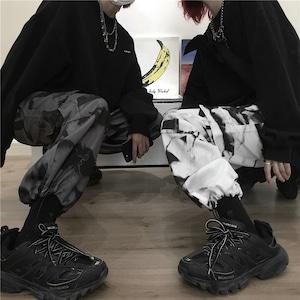 【ボトムス】カジュアルプリント個性派パンツ42896005