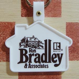 アメリカ Ron Bradley & Associates[ロンブラッドリー&アソシエイツ]不動産会社ノベルティ 家形広告キーホルダー