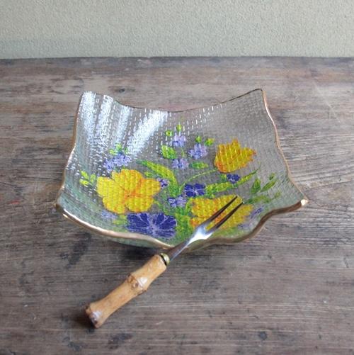 ニューフローレンス 花柄のフリル皿 在庫4枚