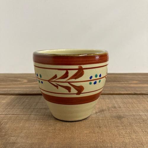 フリーカップ(赤絵)/巻き唐草②