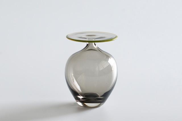 decorative vase no.10 / qualia-glassworks