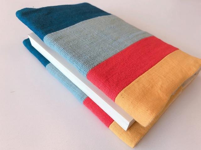 【レンテン族】手織り・自然染 ブックカバー