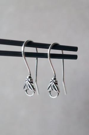Staring Silver Earrings -005