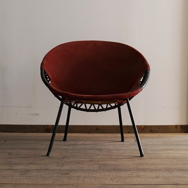 #02-02 Leather chair red