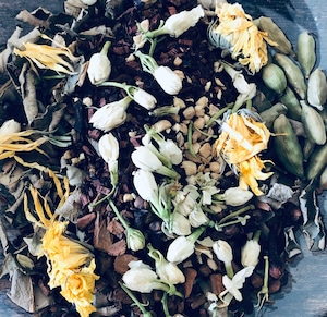 Tookes トーケッシ  Chai tea blend M for  Detox and Meditation デトックス&メディテーション