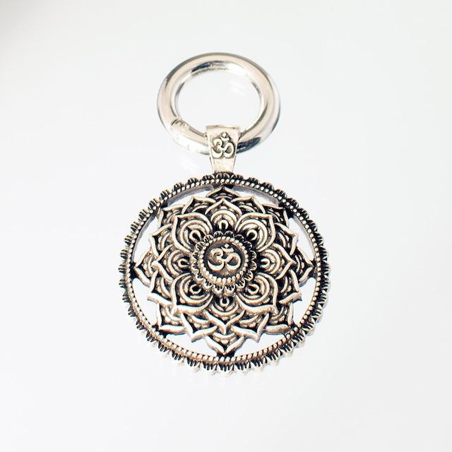 キーリング マンダラオム Key Ring Mandala Om