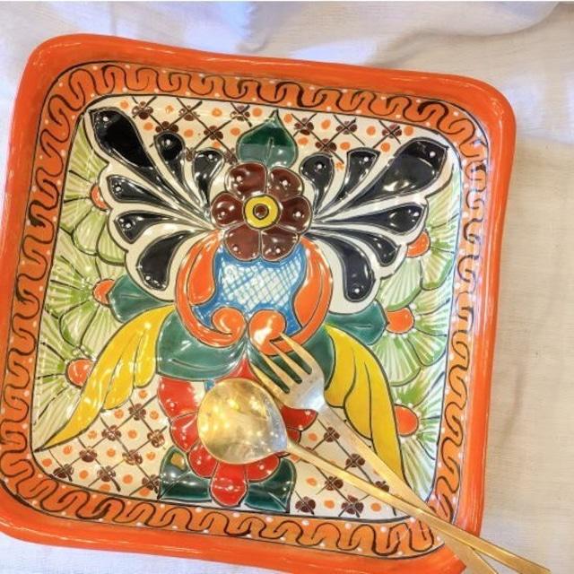 メキシコ グアナファト焼の四角深皿 オレンジ